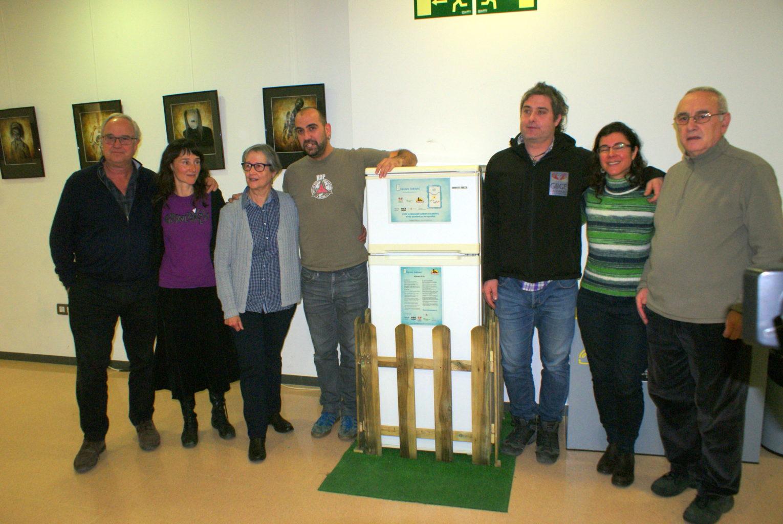 Inaugurada la primera Nevera Solidària de Catalunya